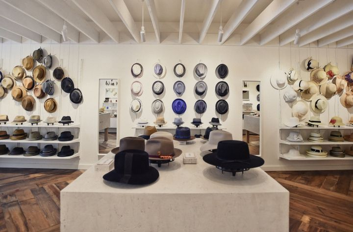 Hats In The Belfry Store By Chrysalis Studio Philadelphia Pa Usa Retail Design Blog Hat Stores Store Interiors Interior