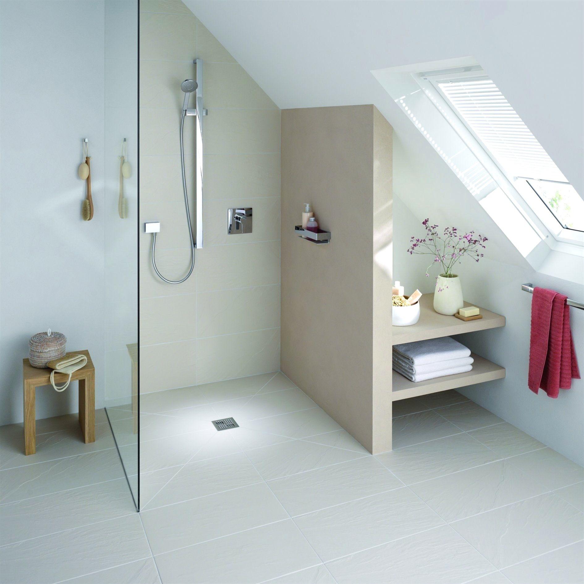 Badezimmer designs klein badezimmer klein mit schräge  einrichtung  pinterest  interiors