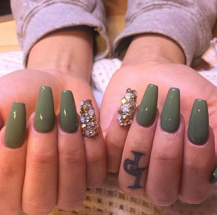 Nail Ideas For Graduation: Pin By Erika Stevens On Nail Ideas
