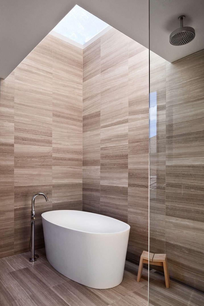 maison contemporaine avec bardage en bois noir pinterest lumi res salle de bains et salle. Black Bedroom Furniture Sets. Home Design Ideas