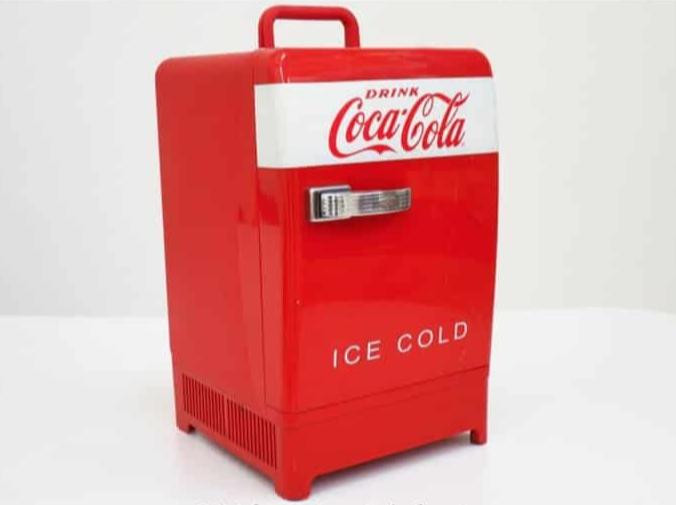 Mini Frigo Coca Cola A Noleggio Per Scenografie Stile Vintage