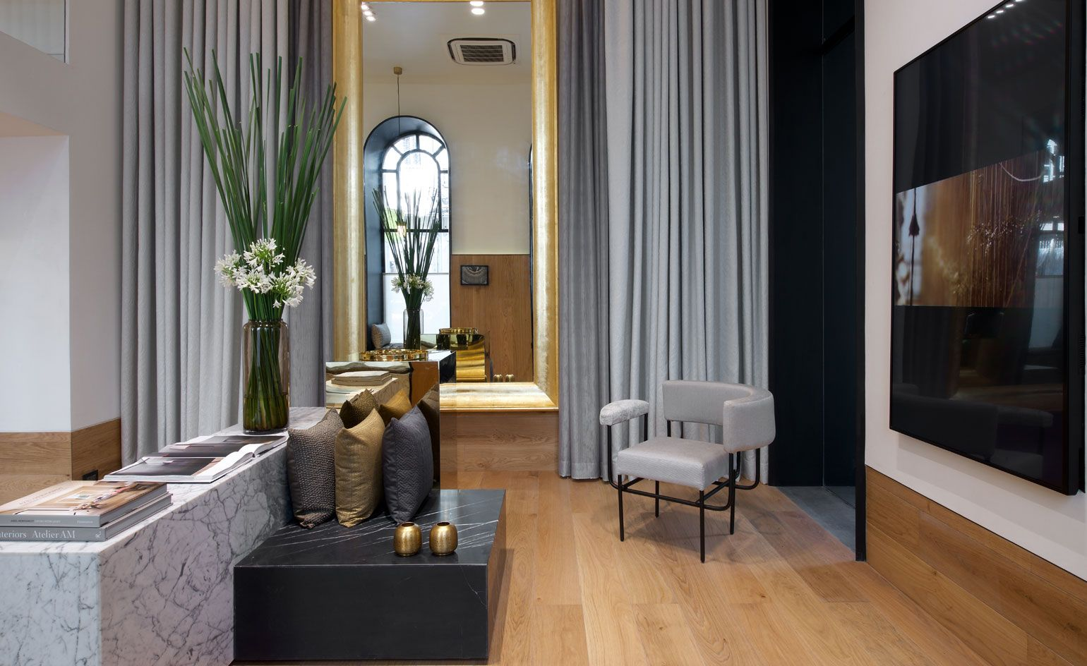 Indian Architect Rajiv Saini Has Sprinkled His Modern Magic On The Latest  Showroom For Fabric House