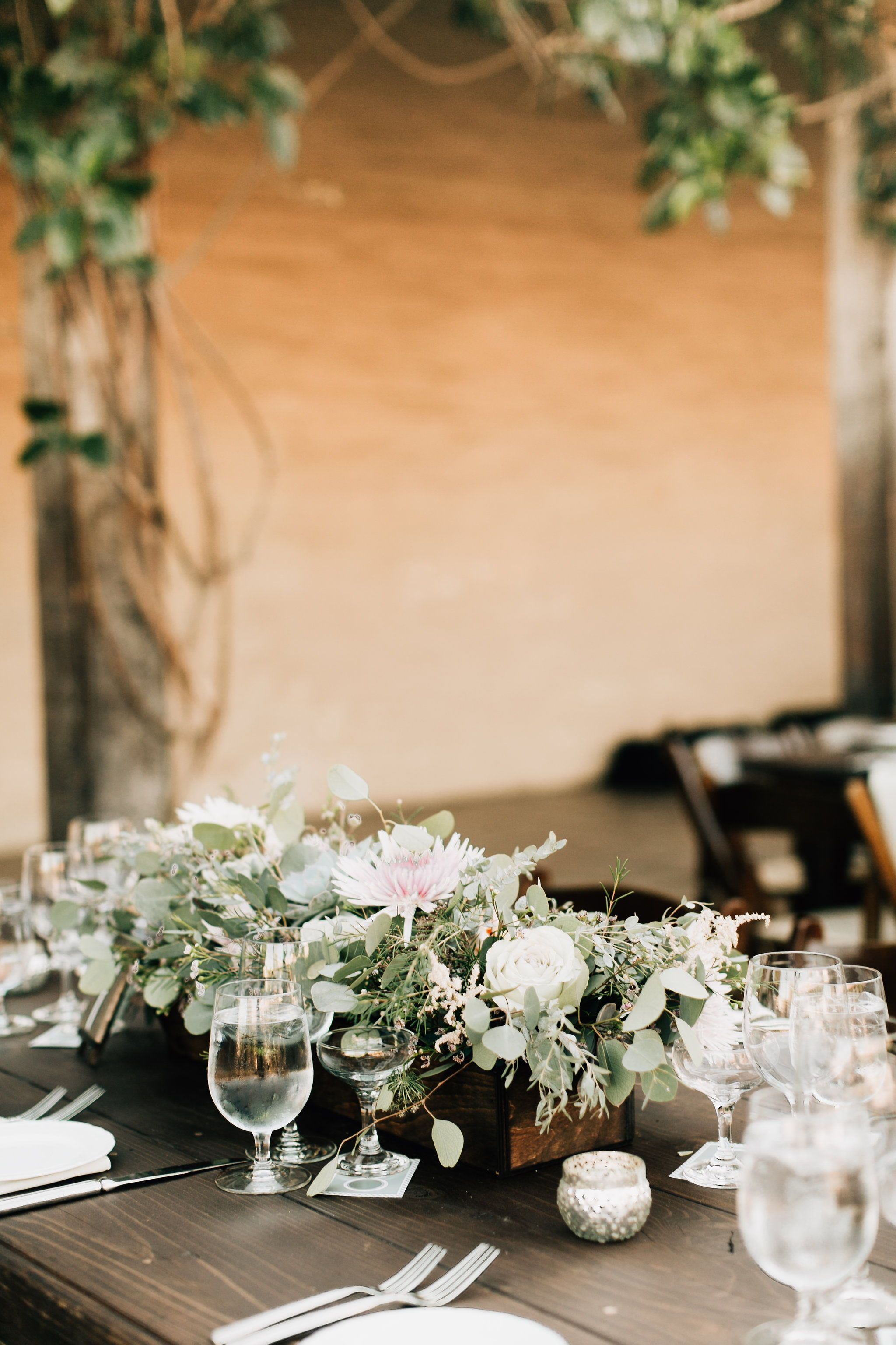 Mauve Wedding In Santa Barbara Ca Rustic Wedding Wood Tables