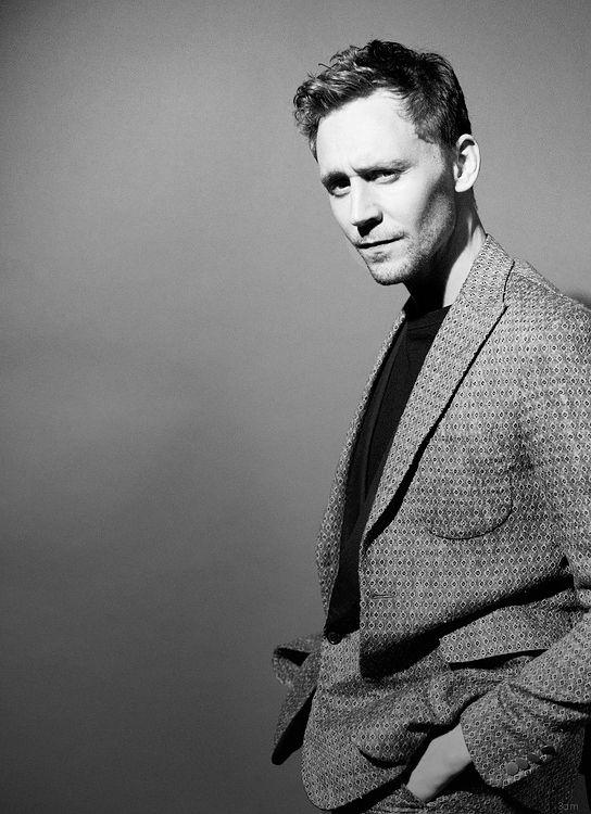 Uuh. Thomas William Hiddleston.
