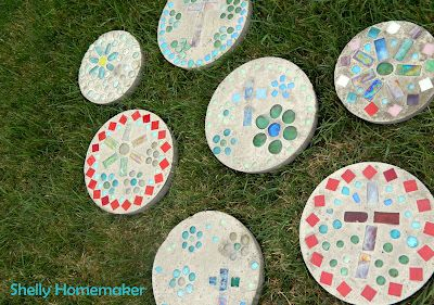 (for William's garden...a summer family project) garden stepping stones {tutorial}