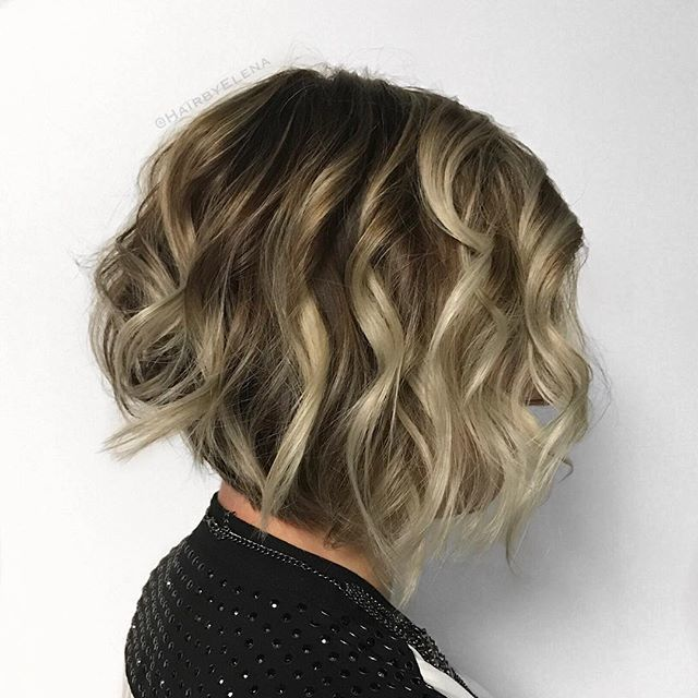 Nice Supreme Stacked Bob Must Try Trend Short Wavy Hair Hair Styles Wavy Bob Hairstyles