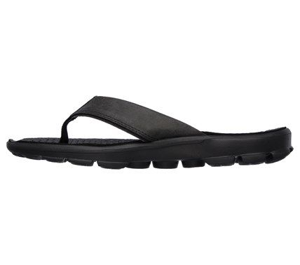 ce4f393a796784 Skechers Men s GOwalk 3 Stag Flip Flop Sandals (Black)