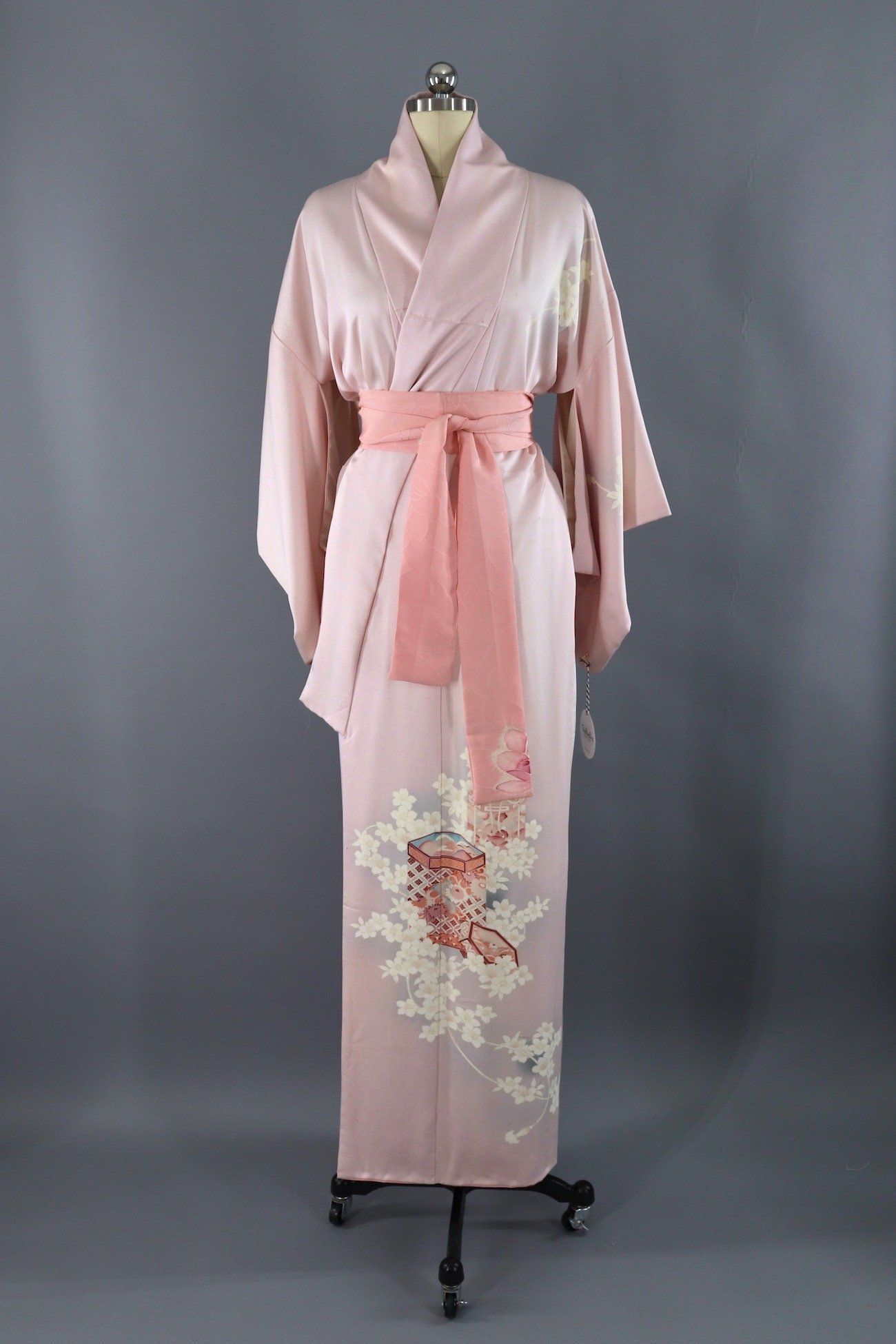 Lingerie Loungewear Vintage Silk Kimono Robe Dressing Gown Wedding Robe 1960s Furisode Pink and White Floral Embroidery