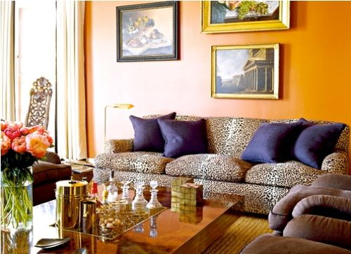 Animal Print Rooms | leopard print sofa fits beautifully in a ...