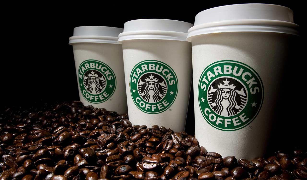 Starbucks Café en Panamá es un hecho a partir de hoy. La franquicia abre su primer local comercial en el nuevo centro comercial Street Mall a sólo unos pasos del Multiplaza Pacific Mall.Starbucks tiene previsto abrir 20 establecimientosen los próximos 5 años en Panamá con lo que se convertiría en ...
