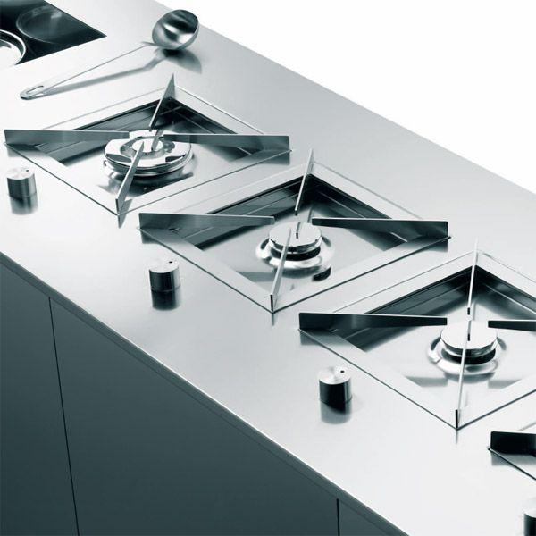 Puzzle modulo cottura progettato da enzo inzaghi e - Kitchen and dining area design crossword ...