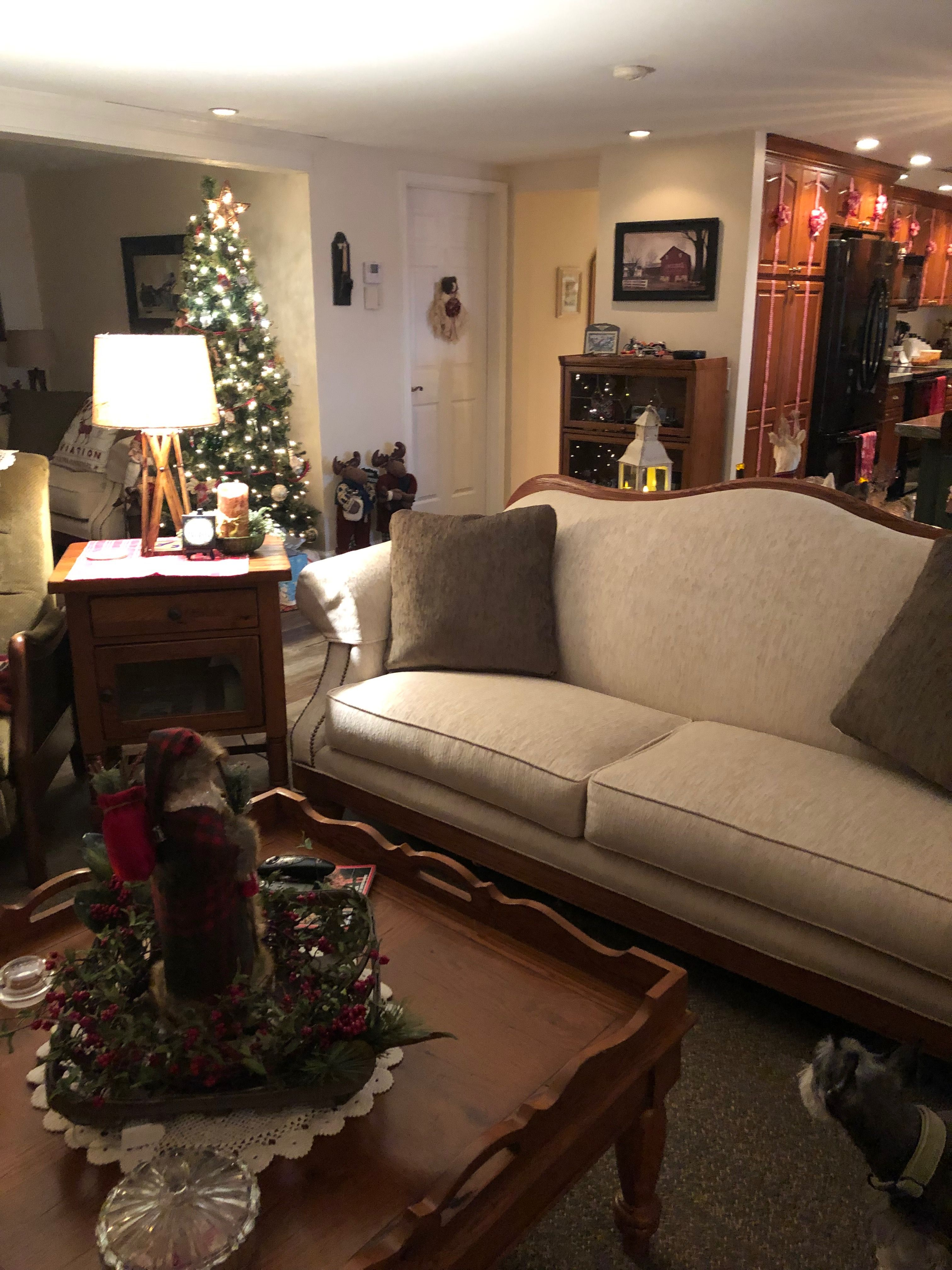 Pin by Debbie Ponder on Christmas Decorating 2018   Decor, Home decor, Furniture