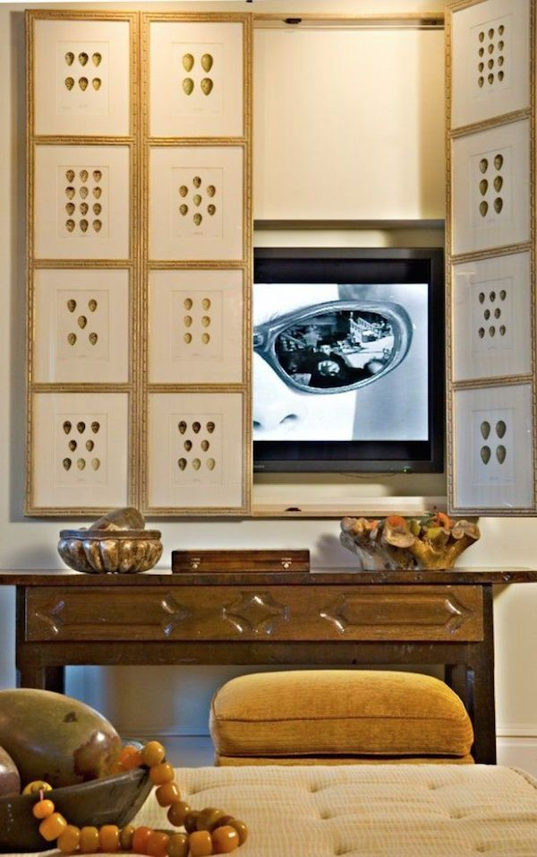 Decorating Around The TV | 20 Elegant, Inspiring Ideas - laurel home | image via Shelterness | love the idea of using prints to create a folding screen.
