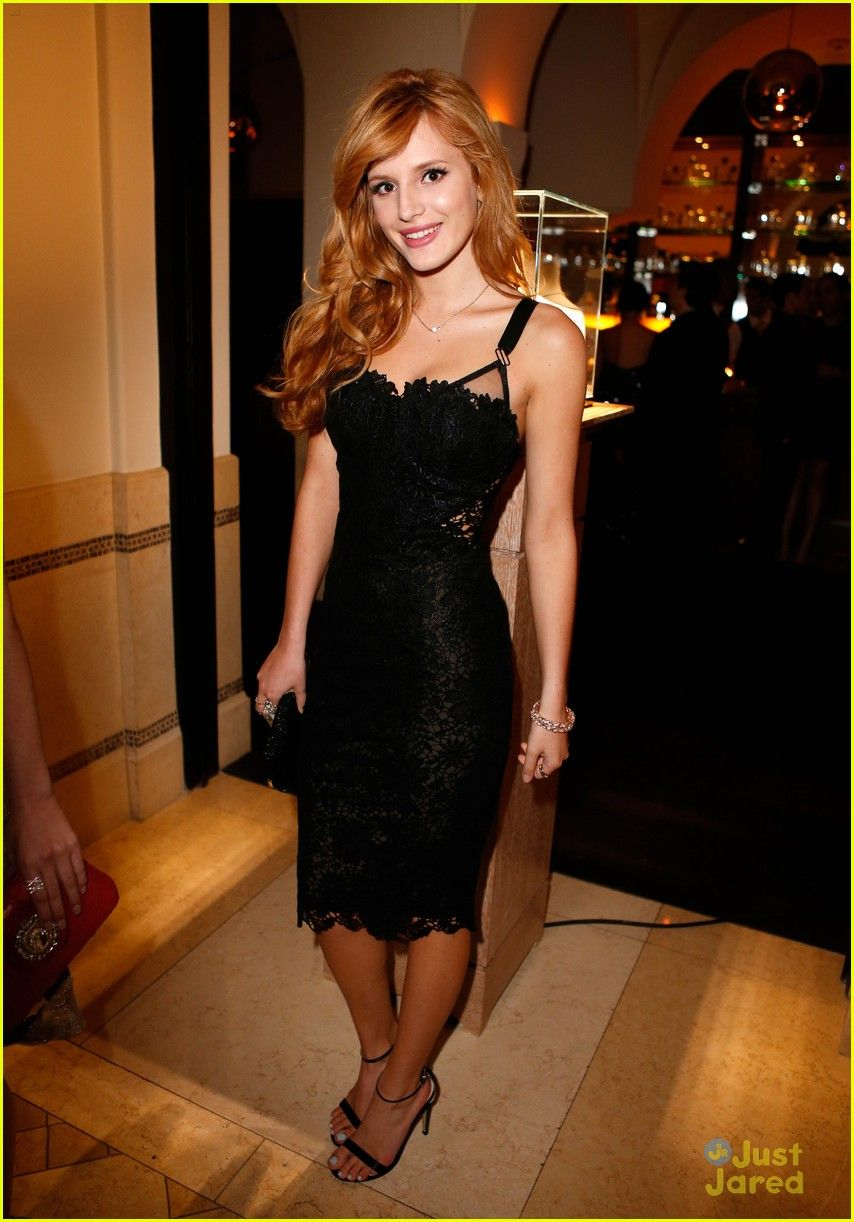 31e93a0d3 Bella Thorne  Weinstein Company Pre-Oscars Party Vestidos De Famosas