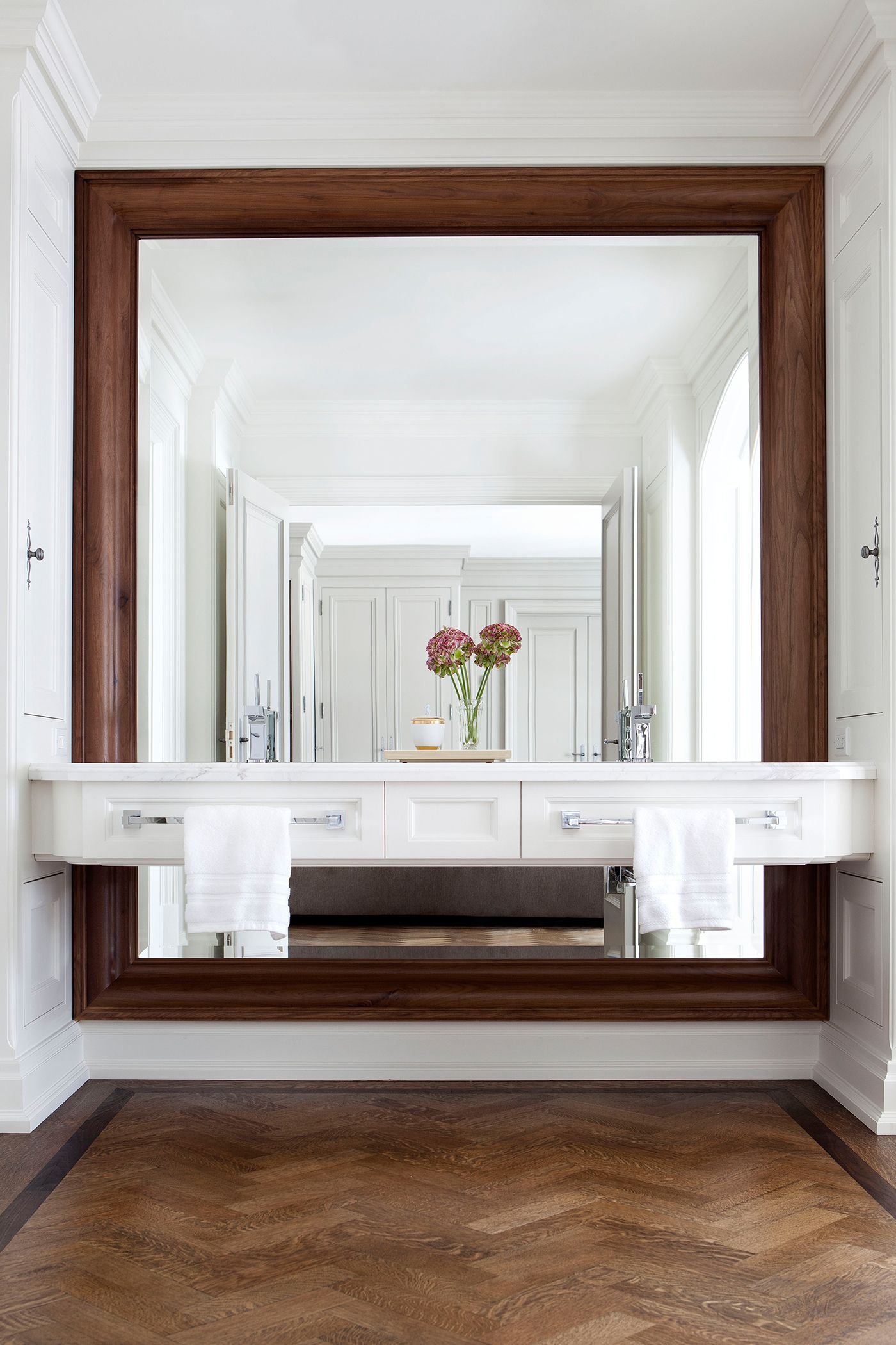 classic master bathroom by julie charbonneau makelivinganart classic master bathroom by julie charbonneau makelivinganart