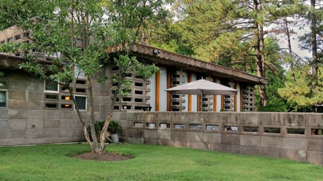The Louis Penfield House A Frank Lloyd Wright House In Willoughby