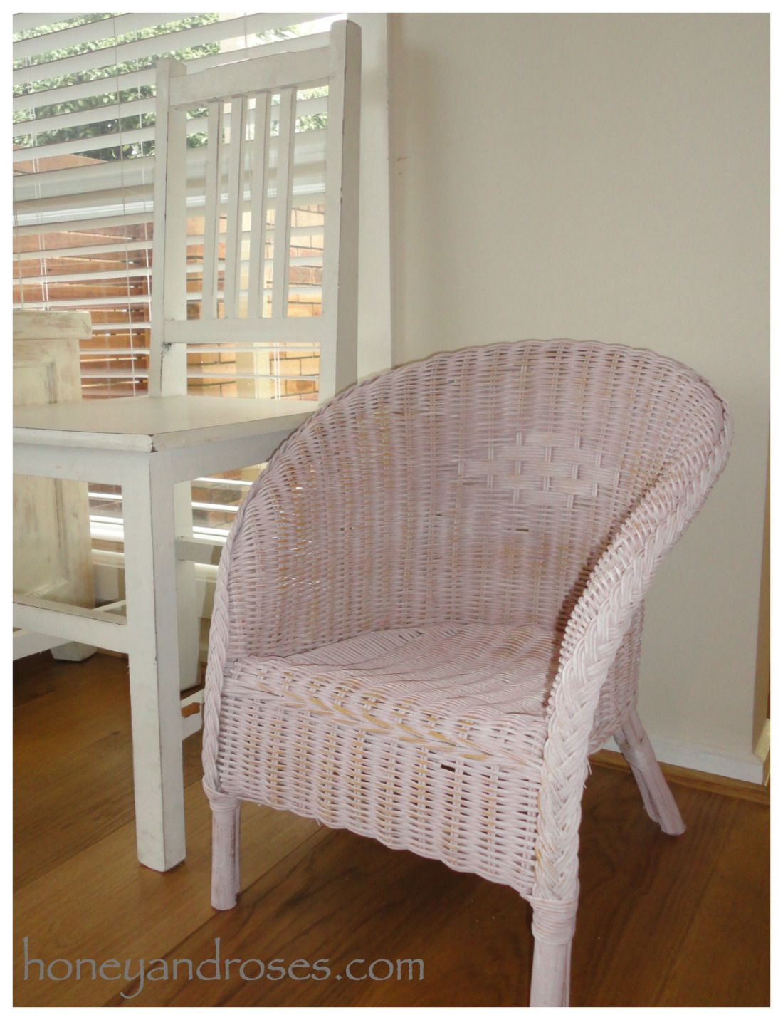 Wicker Chairs Indoor How To Paint A Wicker Chair With Chalk Paint Furniture Wicker