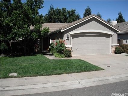 8118 Primoak Way Elk Grove Ca 95758 Charming Three Bedroom Two Bath Home Located Near Miwok Park In The Heart Of Estate Homes Real Estate Find Real Estate