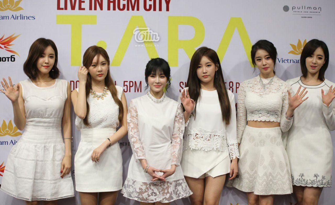 Khoảnh khắc xinh đẹp rạng ngời của T-ara trong buổi họp báo tại VN