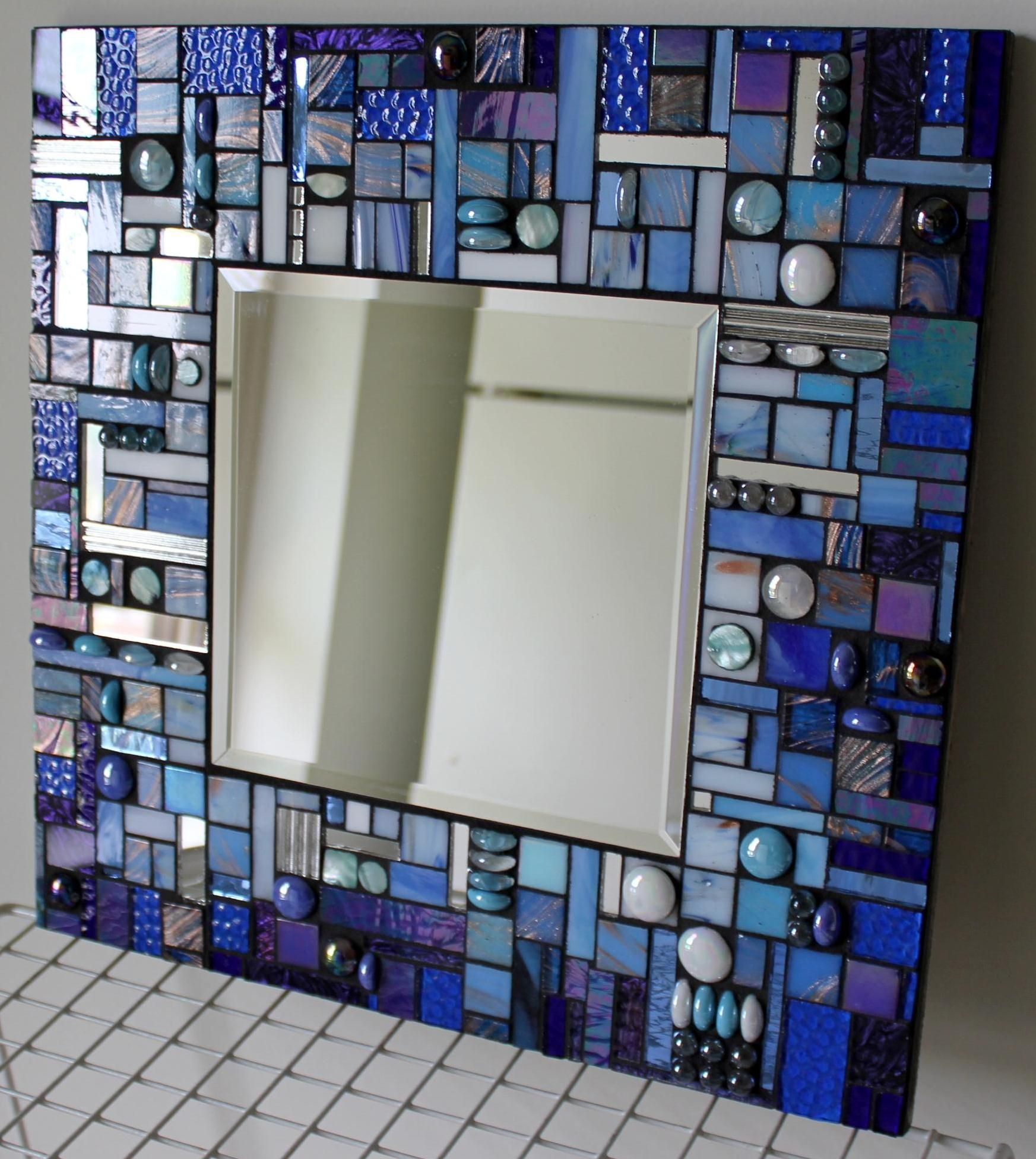 Glass mosaic abstract blue wall mirror manualidades for Mosaicos para espejos