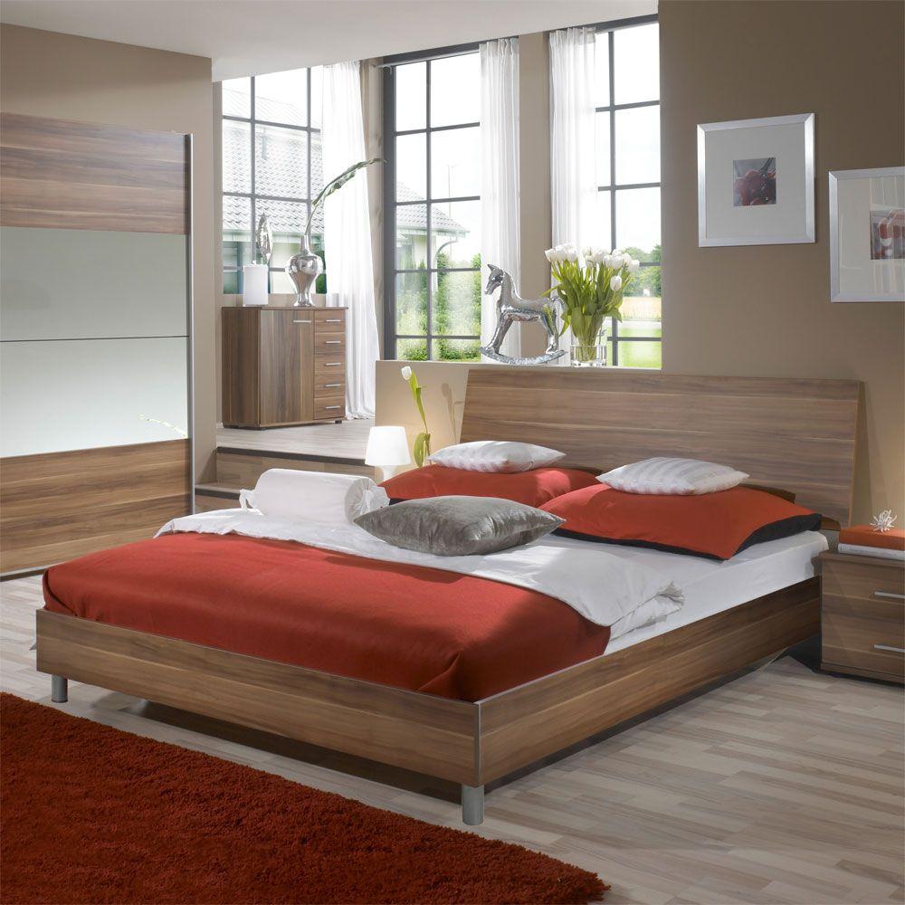 Schlafzimmer Bett in Nussbaum Dekor Farbe Nussbaumfarben