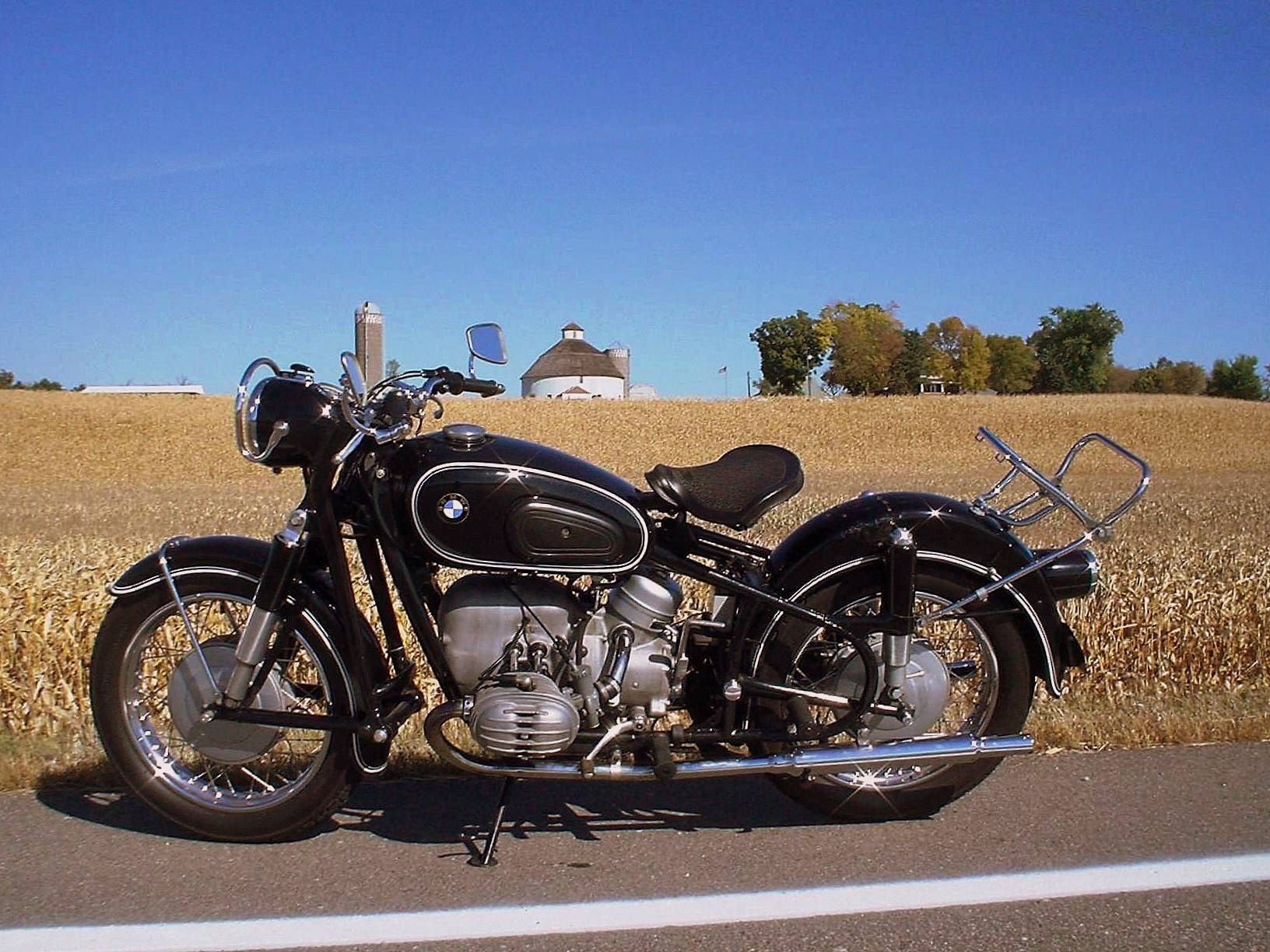 '66 BMW, Round barn, Minnesota Bikes, Cars Motorbikes
