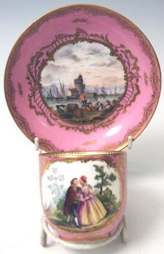 MEISSEN KAFFEE TASSE UNTERTASSE COFFEE CUP WITH SAUCER ROSA GRUND WATTEAU 1850