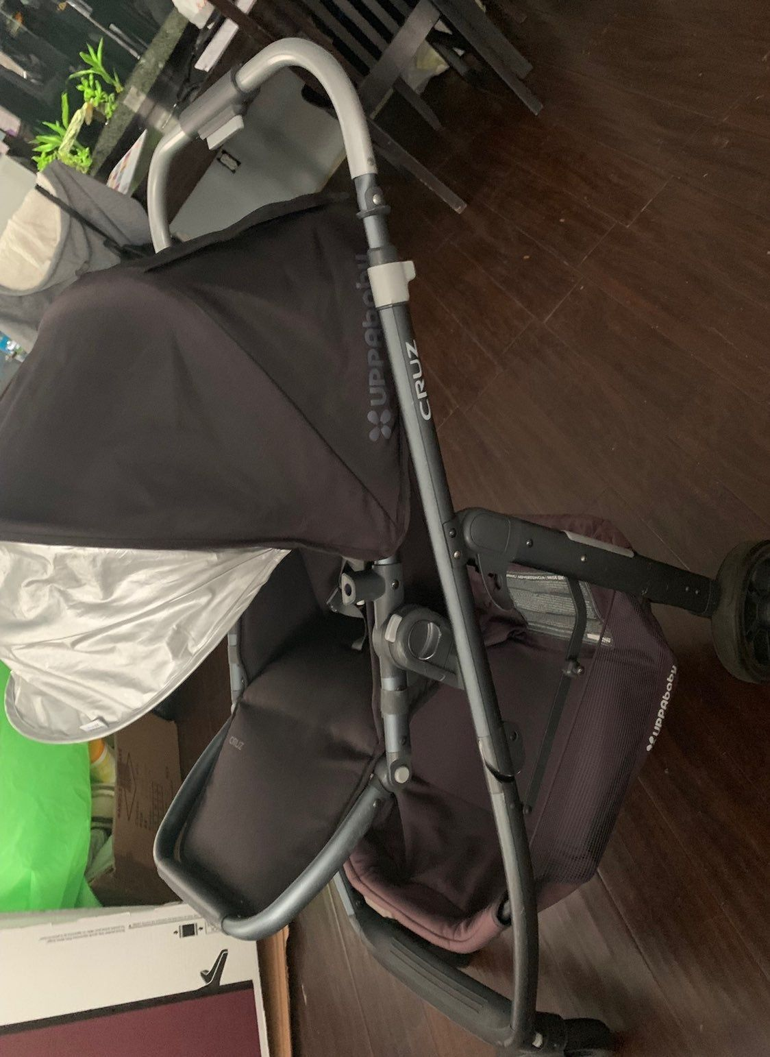 2016 uppababy Cruz missing handle foam other than that