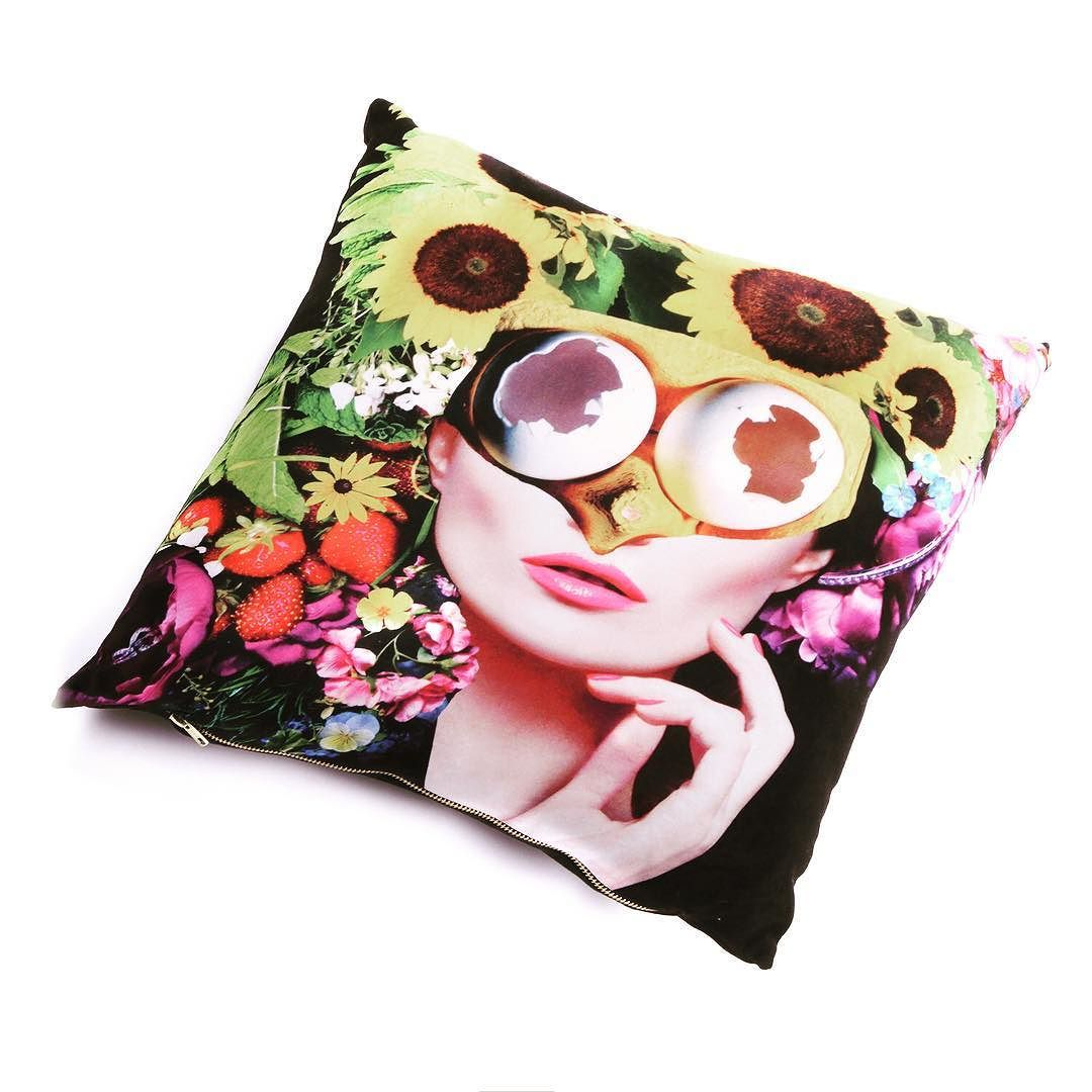 FULL BLOOM by Collagism aka Holly-Anne Buck. A fanatical collage artist looking to collage the universe! Find more of her designs on our website (link in bio) #cushion #collage #artist #homeinteriors #flowers #floral #fullbloom #screamcreations #designer #plump #styleinspiration #homedecor
