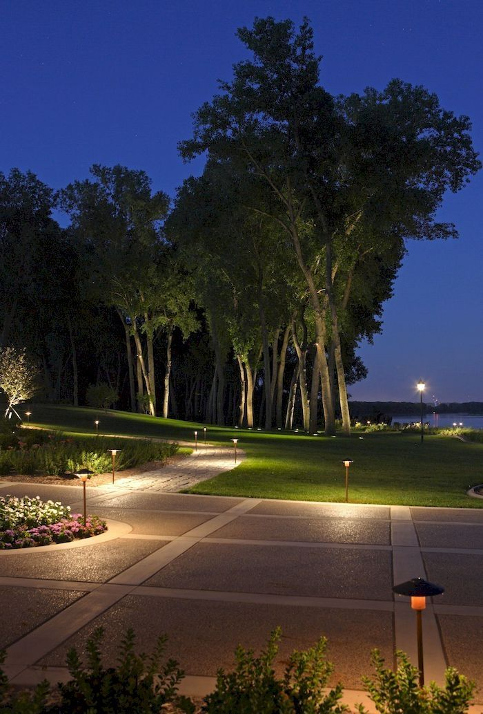 Landscape lighting ideas - Lighting plays a crucial role in elevating the view, whether it is indoor or outdoor.  #landscape #lighting #design #ideas #plans #light #exteriorlighting #landscapelightingdesign