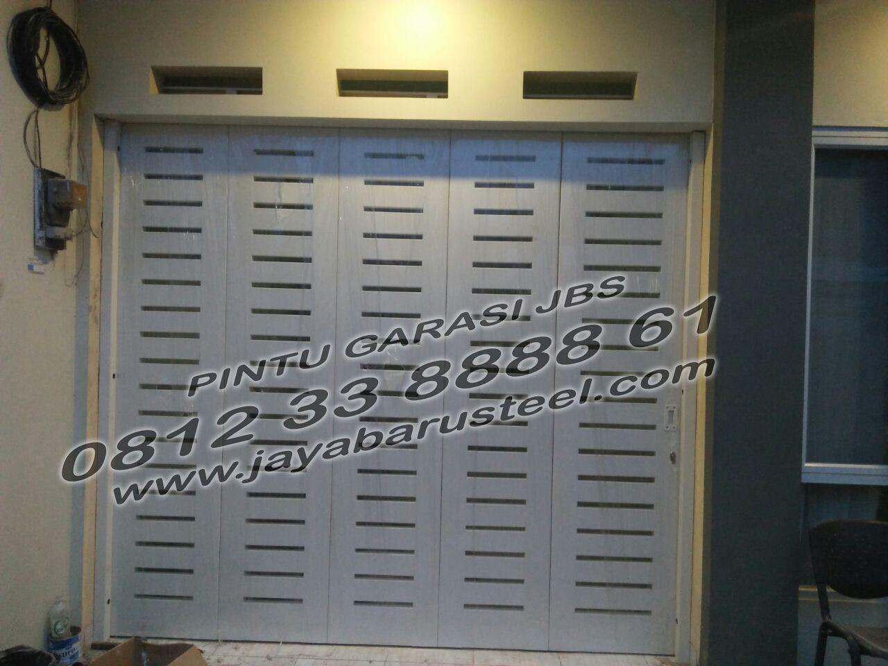 Pintu Garasi Minimalis Terbaru, Pintu Geser Besi, Pintu Sliding Besi, Pintu Henderson, Pintu Henderson Lipat, PINTU GARASI JA… | Pintu Garasi, Garasi, Pintu Geser
