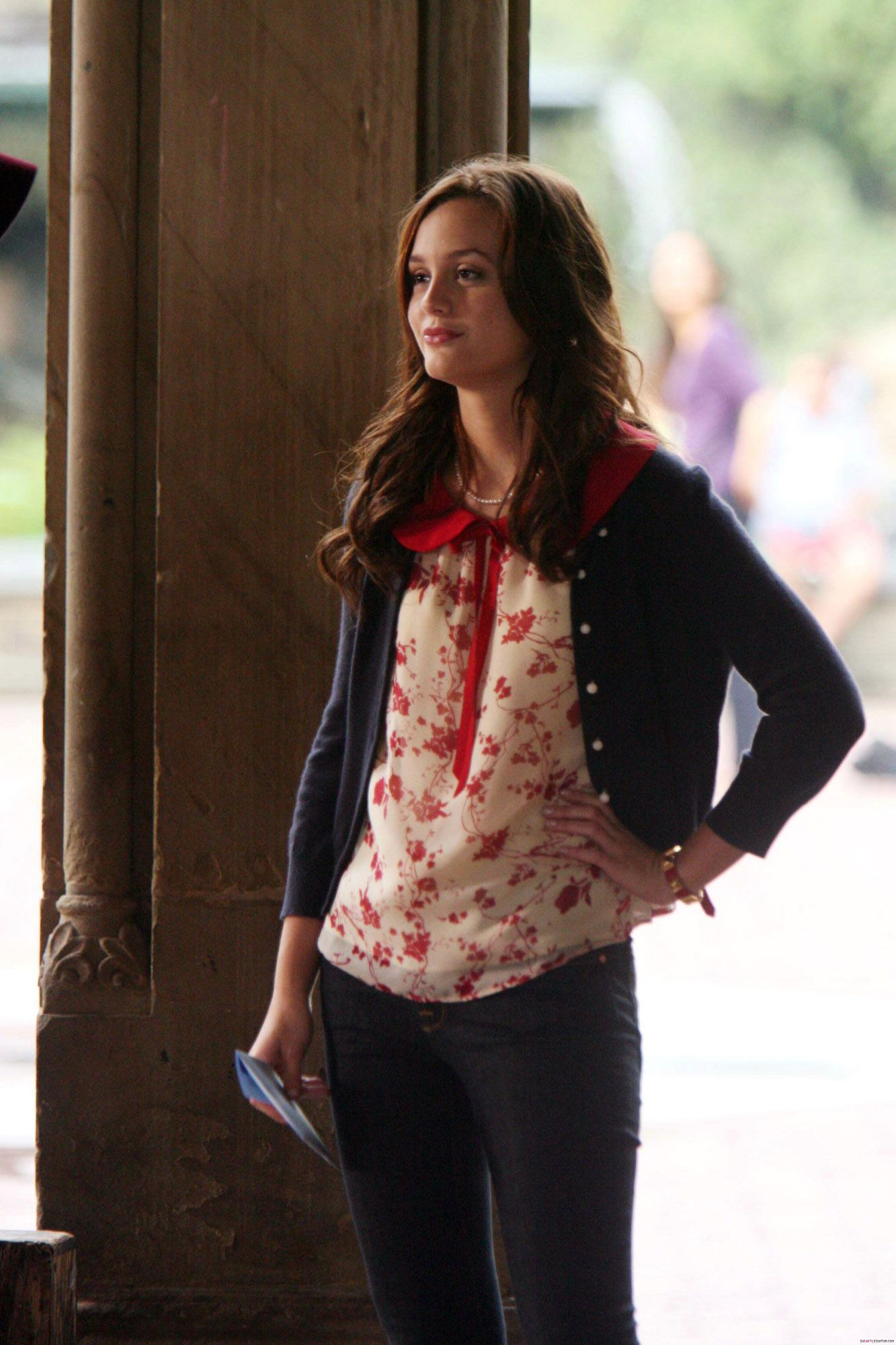 Gossip Girl 1x03 Poison Ivy Gossipgirl Blairwaldorf Queenbthe One Time She Wore Jeans