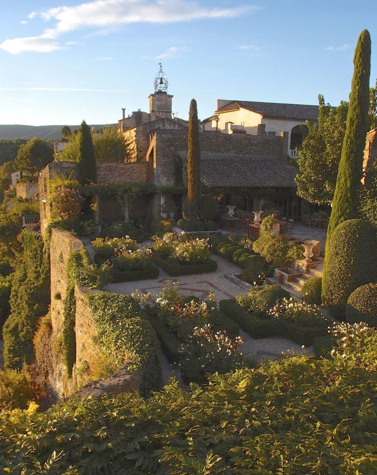 Photo of I giardini di La Carmejane | LA DOLCE VITA CALIFORNIA