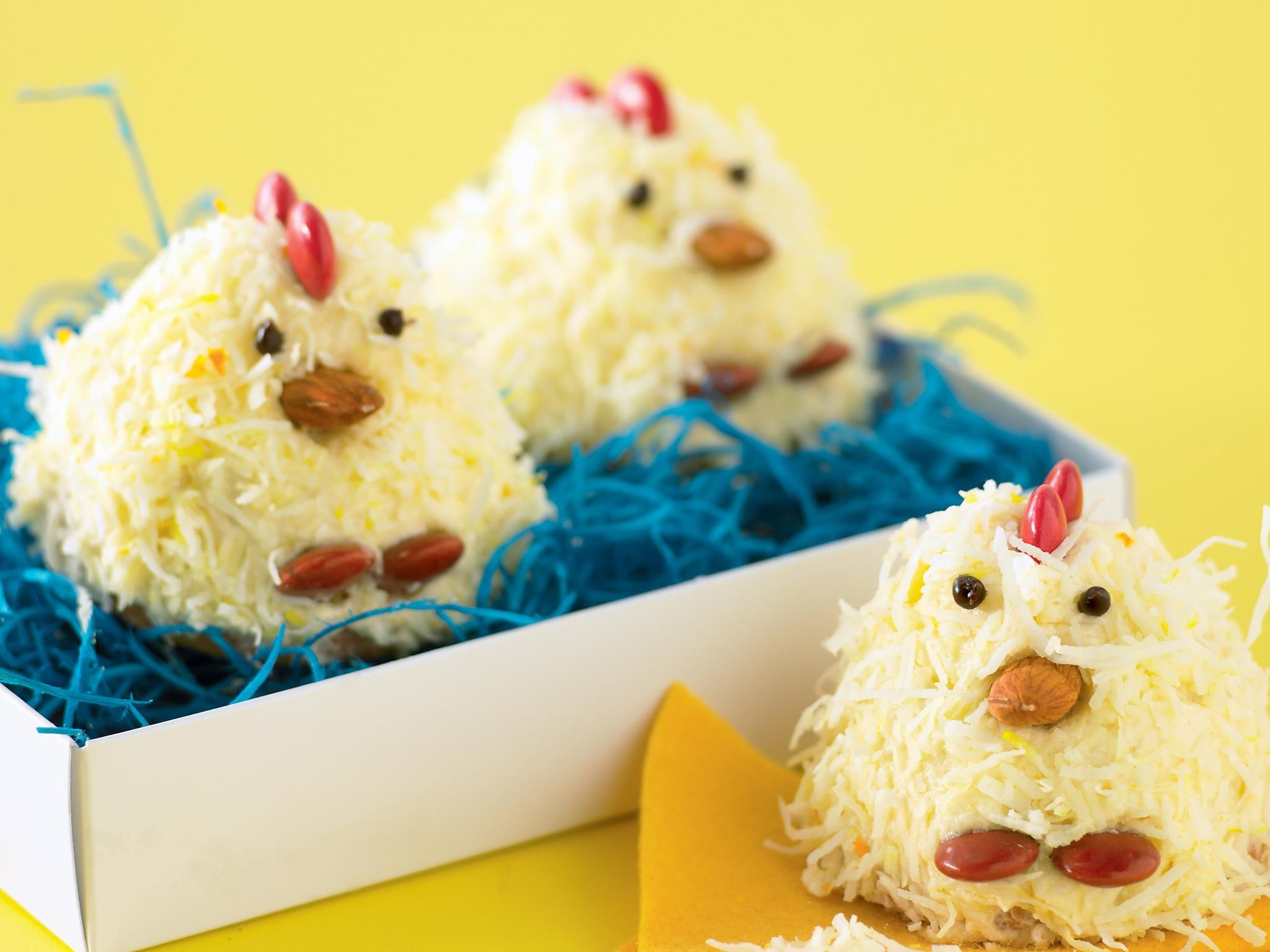 Ramp up the 'awww' factor this Easter with these adorable little Easter chicks from recipes+; simple cupcakes dressed up to look like fluffy little chicks. Cute as and surprisingly easy.