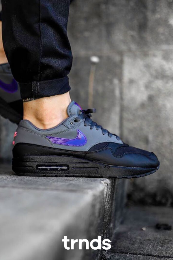 Adjuntar a Malentendido toda la vida  Nike Air Max 1 Black Grey Purple Pink for Men em 2020