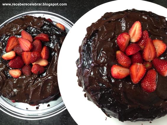 Receber e Celebrar: Bolo de chocolate - um agrado para os anfitriões