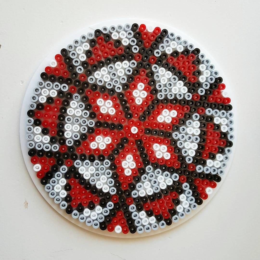 mandala perler beads by pitestreetart hama perler beads pinterest b gelperlen. Black Bedroom Furniture Sets. Home Design Ideas