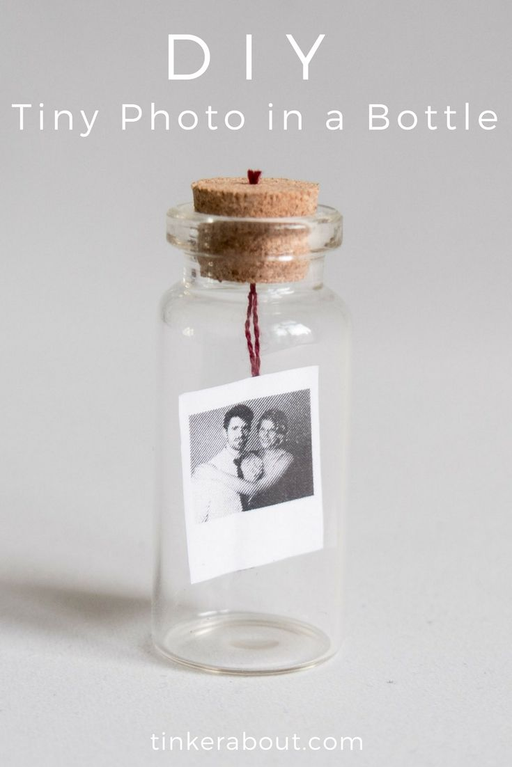 DIY Tiny Photo/Message in a Bottle as an Anniversary Gift Idea #giftideas