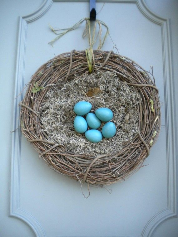 Make A Large Bird S Nest For Your Door With A Grapevine