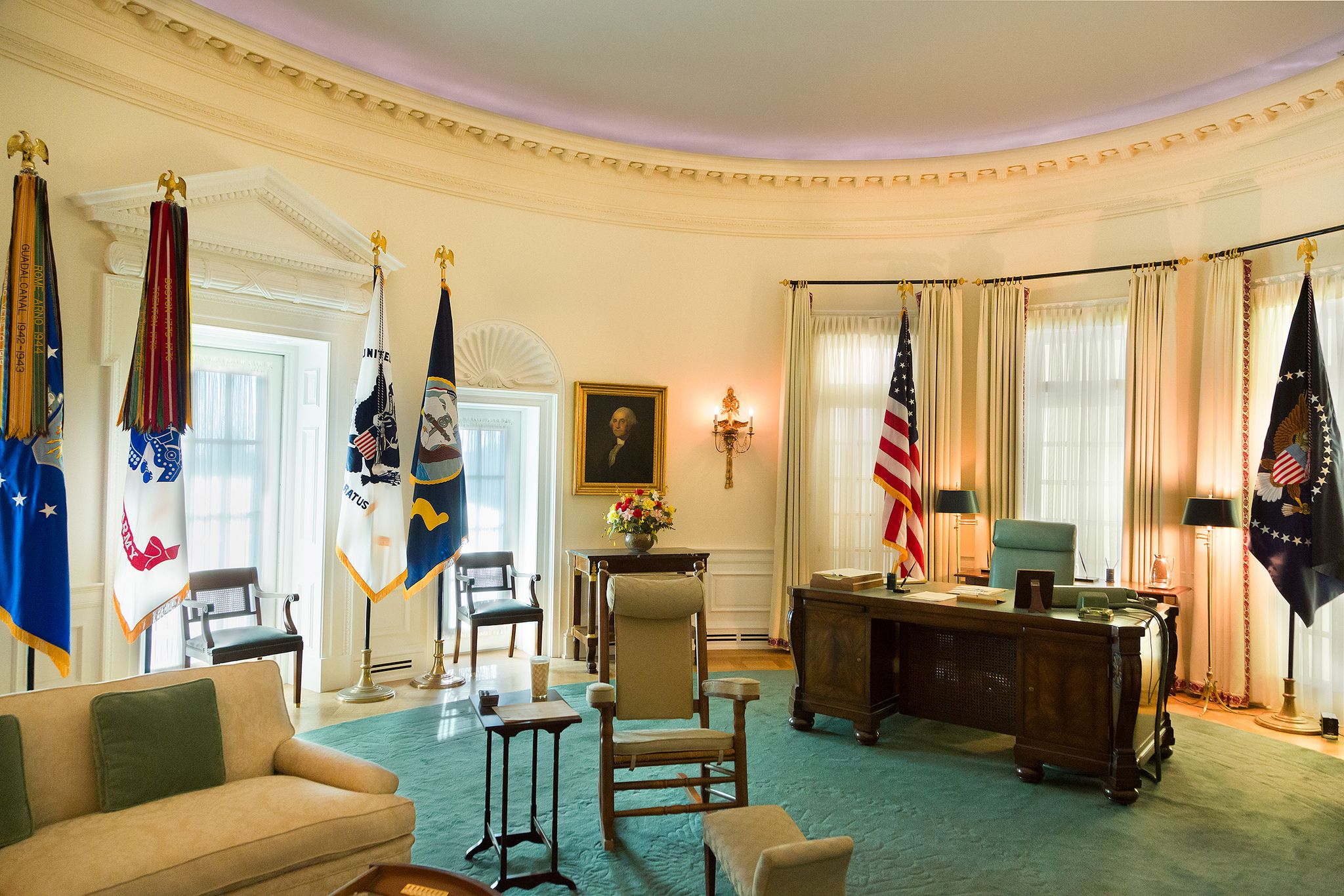 LBJs Oval Office Oval office Presidential libraries and Austin texas