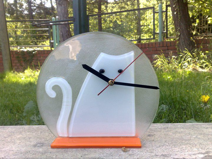 fused glass table clock, fusion glass ,cat table clock
