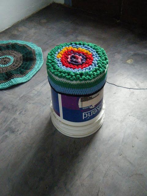 Bolmara de marco convirtiendo un balde de pintura de 20 for Marcos para pinturas