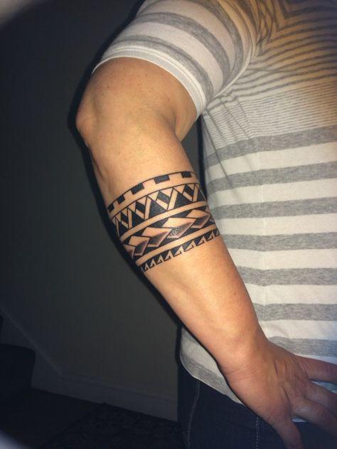armband tattoo mann