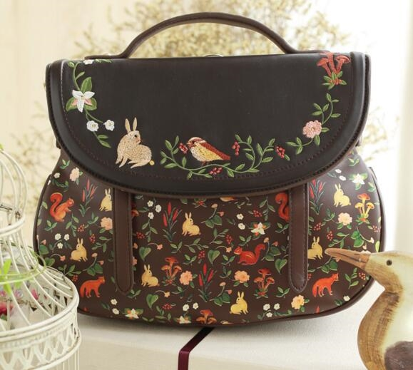 58.47$  Know more  - 2016 Hot Fashion Sale Saddle Floral Flap Cover Bags Leather PU Embroidery Women's Handbags Messenger Bags Totes Bolsa Feminina