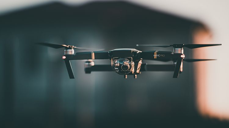 7 tips to win more customers for your drone business