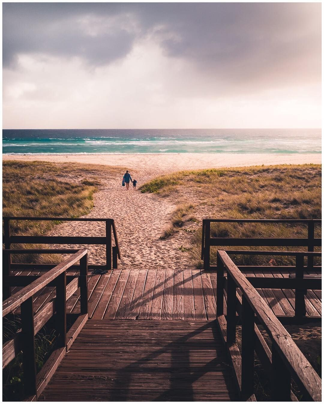 Kirra Beach  July 2018 Fujifilm X-T1  XF35mmF2 1/1400   f8.0   iso800 . . . . . #kirra #beach  Kirra Beach  July 2018  Fujifilm X-T1  XF35mmF2  1/1400   f8.0   iso800 . . . . .  #kirra #beach #sunrise #goldcoast #queensland #seeaustralia #abriefglance #travelphotography #wearegoldcoast #fujifilmxt1 #35mm #xf35mmf2 #_53mm_ #myfujifilm #fujifilmx_au #fujifilmxseries #fujifilmnordic #chasinglight #myfujilove #repostmyfujifilm #fujifilm_global #yvr_streetphoto #lifeawaits #lightroom #yourshotphotogr