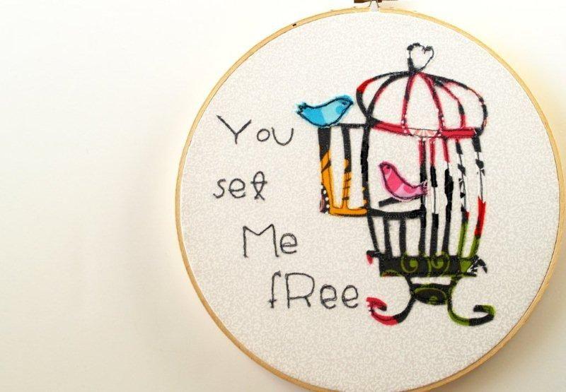set me free hoop art.  I LOVE THIS!