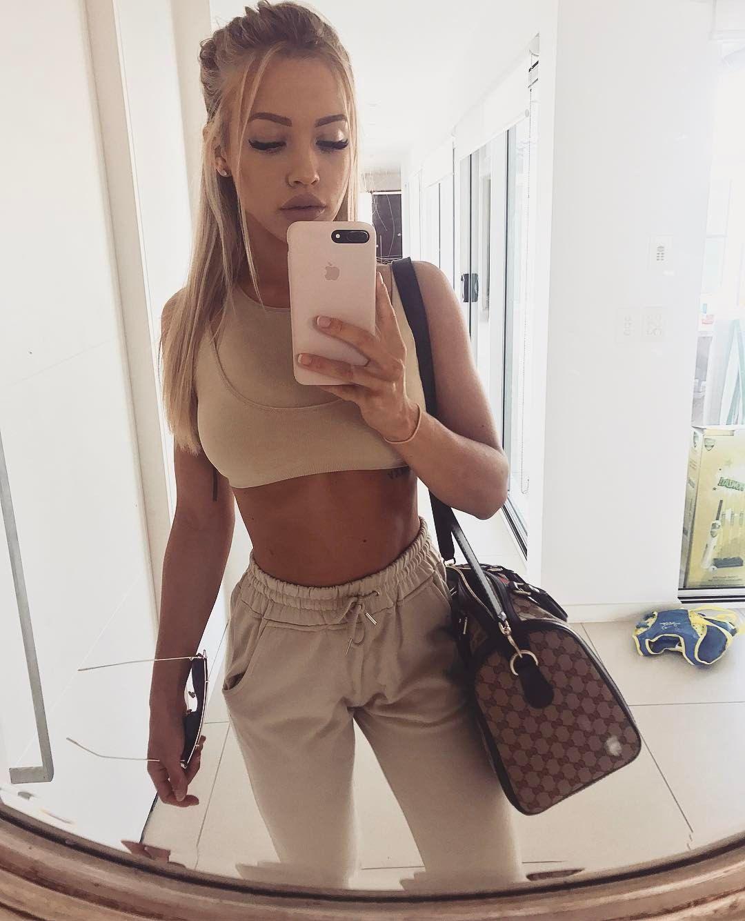 Instagram Tammy naked (94 photos), Tits, Cleavage, Selfie, cleavage 2017