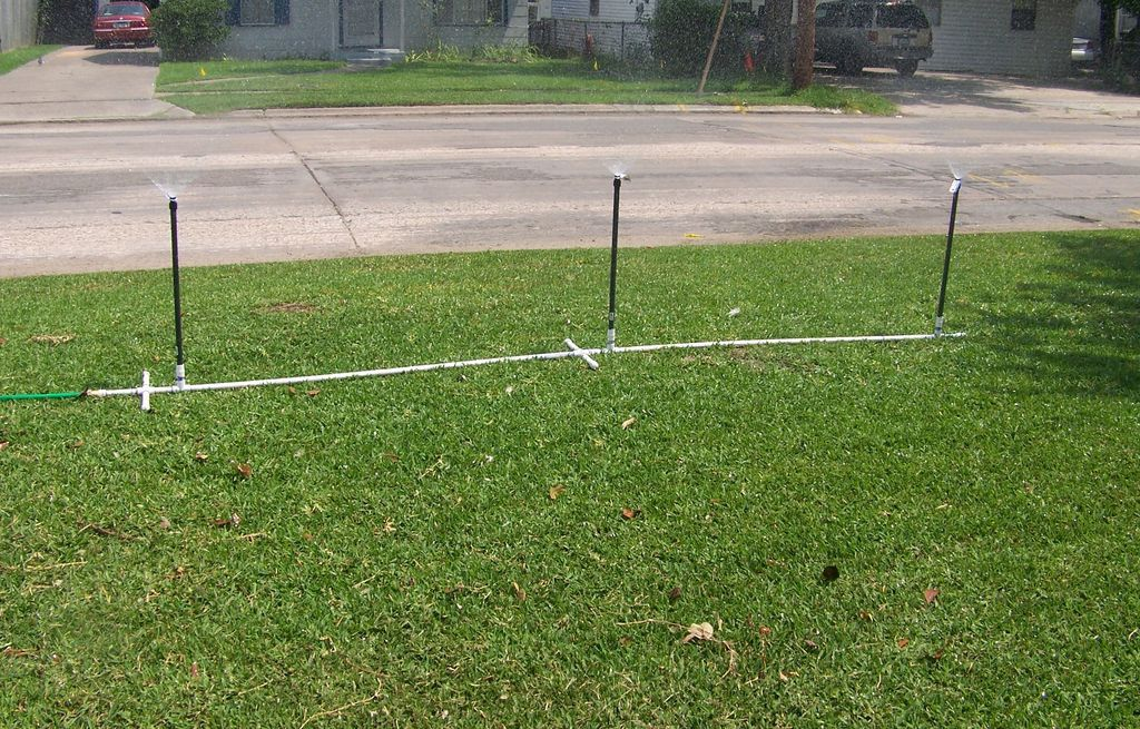 Inexpensive and Portable Sprinkler System Lawn sprinkler