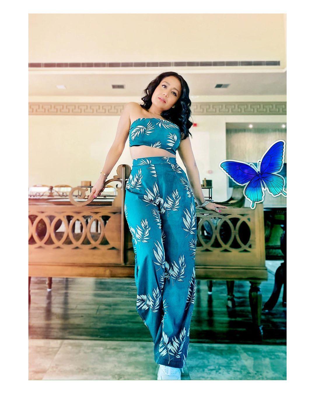 Neha Kakkar On Instagram My Puchda Hi Nahin Look Outfit Shopstyleash Muah Vibhagusain Stylebysuga In 2020 Selena Gomez Outfits Fashion Fashion Outfits